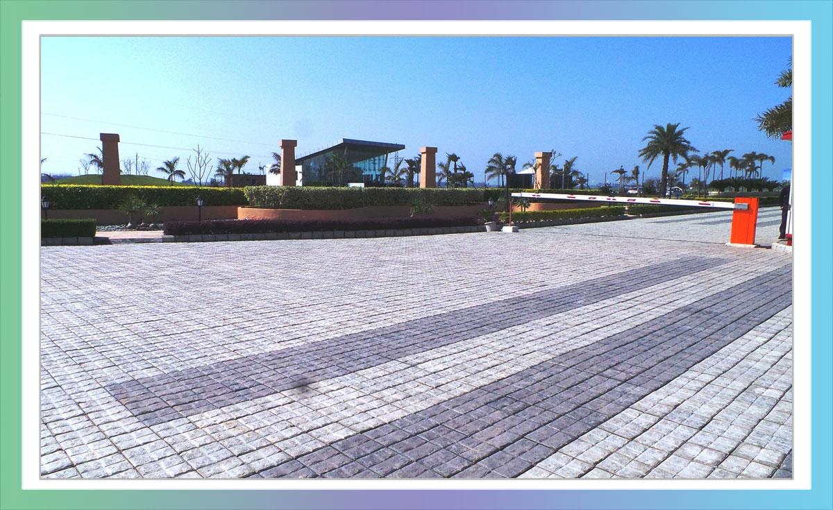 Shree Vardhman City Road